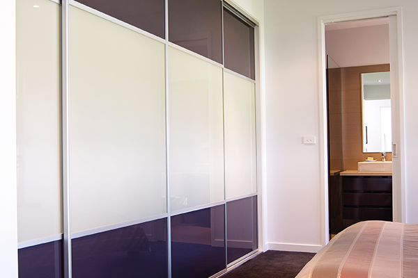 High Gloss Melamine Sliding Wardrobe Doors